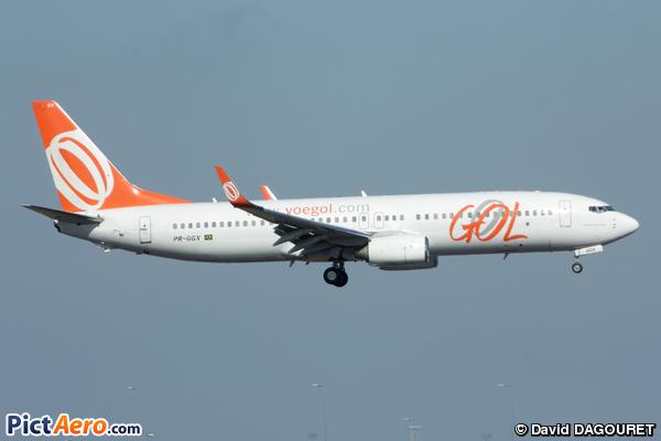 Boeing 737-8EH (Gol Linhas Aereas Inteligentes)