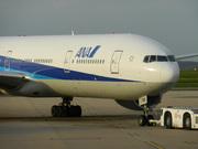 Boeing 777-381/ER