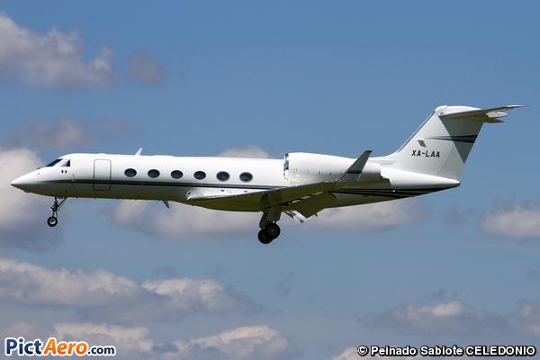 Gulfstream Aerospace G-IV Gulfstream G-300 (Private / Privé)