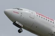 Boeing 737-5H3 (TS-IOI)