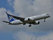 Boeing 757-28A (P4-MAS)