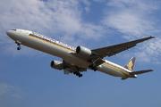 Boeing 777-312 (9V-SYD)