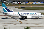 Boeing 737-76N/WL (C-FIWS)