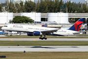 Boeing 757-251 (N541US)