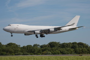 Boeing 747-409F/SCD (B-18722)