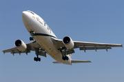 Airbus A310-324 (AP-BGO)
