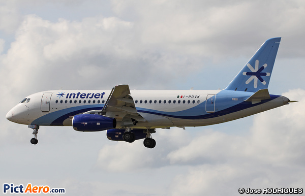 Sukhoi Superjet 100-95 (SSJ100-95) (Interjet)