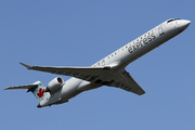 Canadair CL-600-2D15 Regional Jet CRJ-705ER (C-FKJZ)