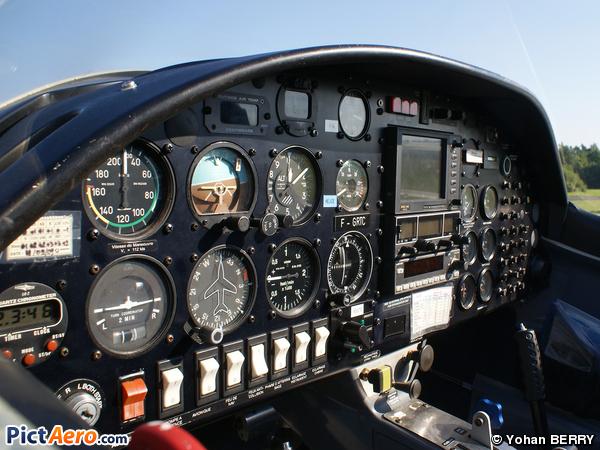 Aquila AT-01 (Aéroclub de Libourne)