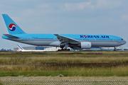 Boeing 777-2B5/ER (HL7526)