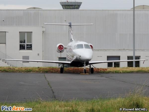 Raytheon 390 Premier I (Privé)