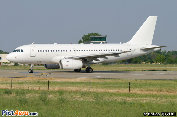 Airbus A319-132 (Belle Air)