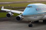 Boeing 747-4B5 (HL7483)