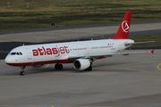 Airbus A321-211 (TC-ATR)