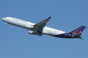 Airbus A330-301 (OO-SFO)