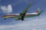 Boeing 737-823/WL (N883NN)