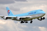 Boeing 747-4B5 (HL-7492)