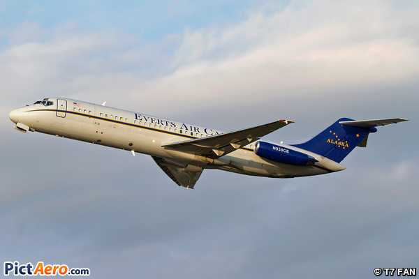 McDonnell Douglas DC9-33RC (Everts Air Cargo)