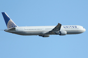 Boeing 767-424/ER (N69059)