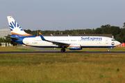 Boeing 737-8CX (D-ASXH)
