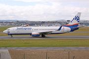Boeing 737-8FH (TC-SNH)
