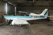 DR400/180R Remorqueur (F-GAVX)