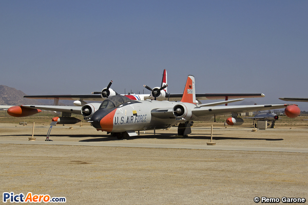 Martin EB-57B Canberra (United States - US Air Force (USAF))