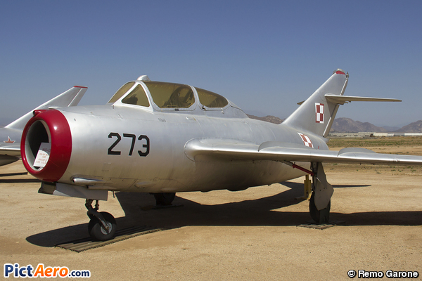 Mikoyan-Gurevitch MIG-15 Fagot (Poland - Air Force)