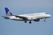 Embraer ERJ 170-100SE (N633RW)