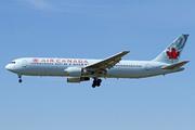 Boeing 767-375/ER (C-FCAE)