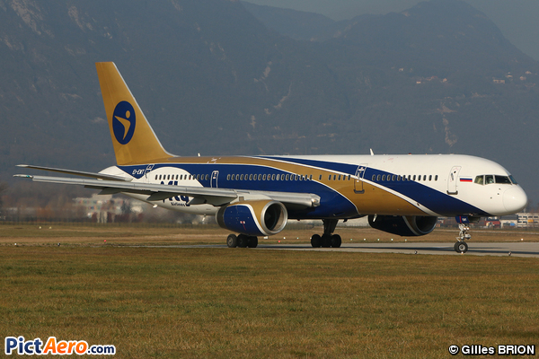 Boeing 757-28A (iFly)