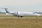 Learjet 45 (M-ROMA)