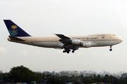 Boeing 747-168B (HZ-AIE)
