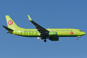 Boeing 737-8Q8/WL (VP-BDG)