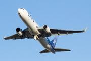BOEING 767-316ER (CC-CXK)