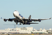 Boeing 747-47UF/SCD (N415MC)