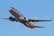 Boeing 737-823(WL) (N898NN)