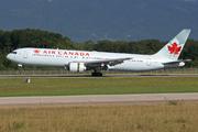 Boeing 767-333ER (C-FMWU)