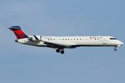 Canadair CL-600-2C10 Regional Jet CRJ-701 (N709EV)