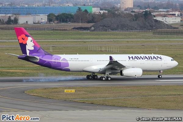 Airbus A330-243 (Hawaiian Airlines)