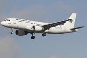 Airbus A320-214 (YI-ARD)