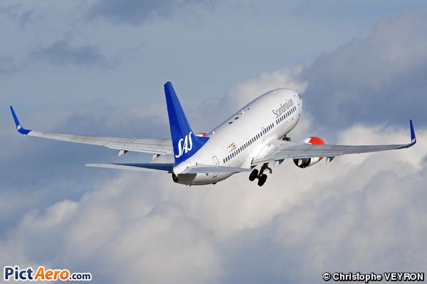 Boeing 737-76N  (Scandinavian Airlines (SAS))