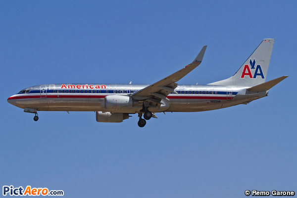 Boeing 737-823 (American Airlines)