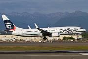Boeing 737-890 (N597AS)