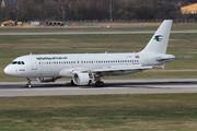 Airbus A320-214 (YI-ARA)