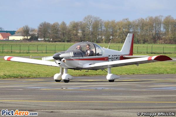 Robin HR 200 120 B Club Aerien De Lille Mtropole