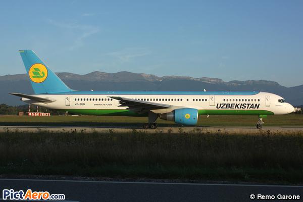 Boeing 757-204 (Uzbekistan Airways)