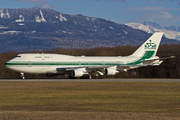 Boeing 747-4J6 (HZ-WBT7)