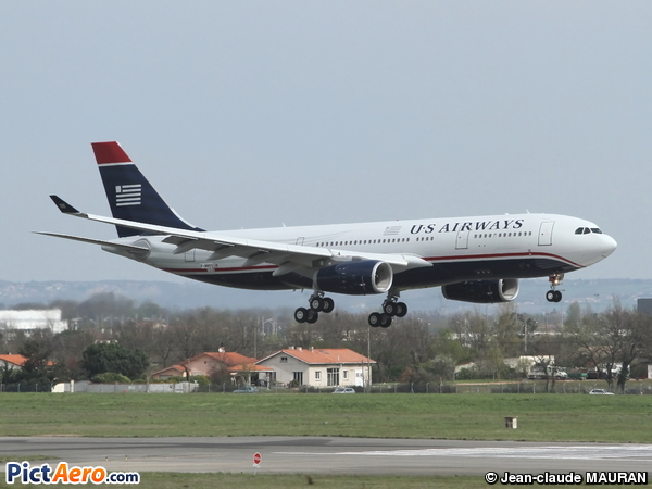 Airbus A330-243 (US Airways)