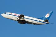 Boeing 737-524 (EW-252PA)
